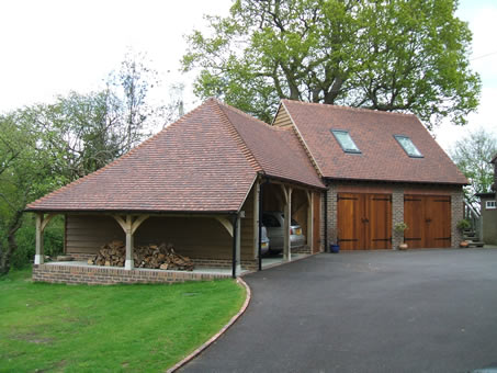 Garages julian bluck designs brick and oak frame barns for Garage plans uk